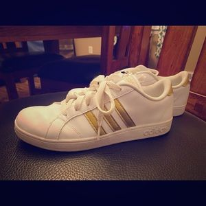 Adidas Grand Court gold metallic athletic shoes